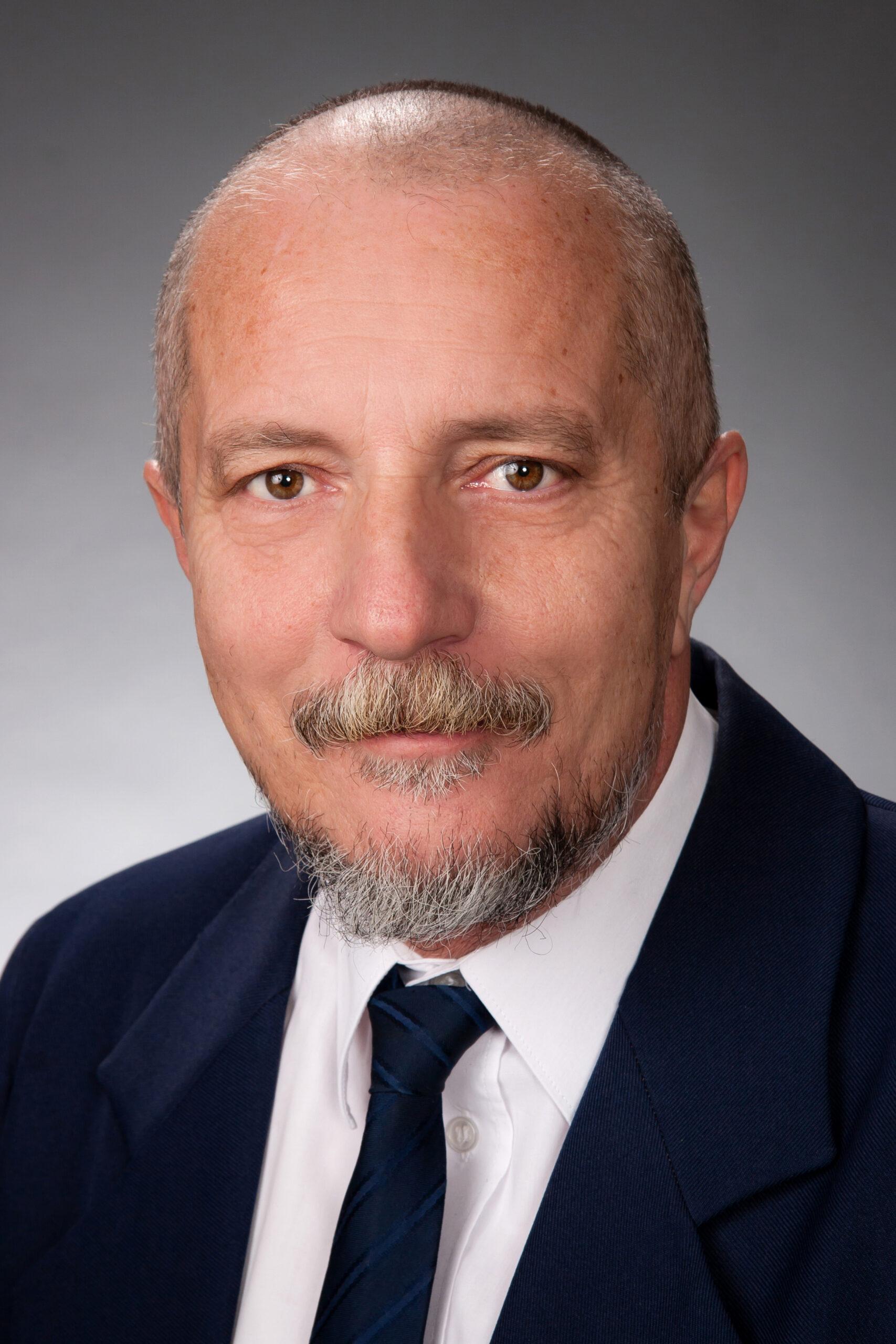 Bogár Péter