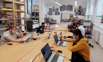digitális közösségi alkotóműhely – kozmás szemmel